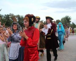 Карнавал, посвященный празднованию Дня кино